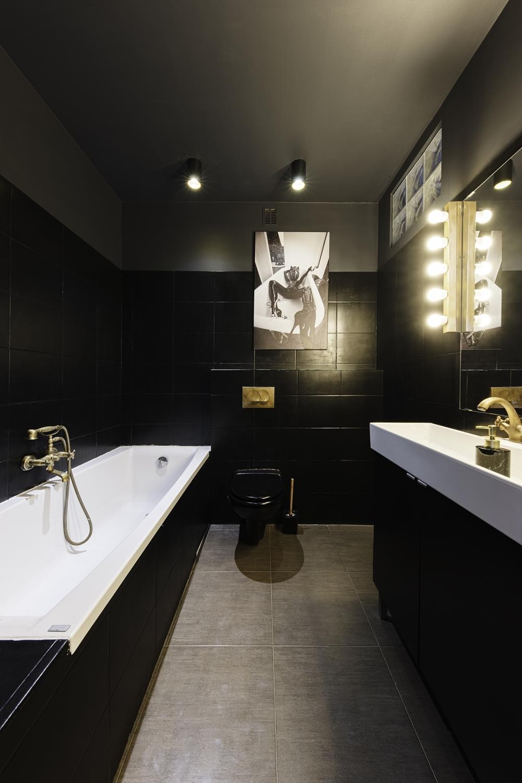 Bathroom - The Dark Room