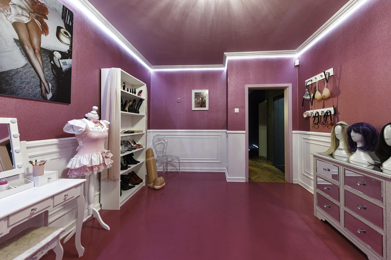 Sissy Room